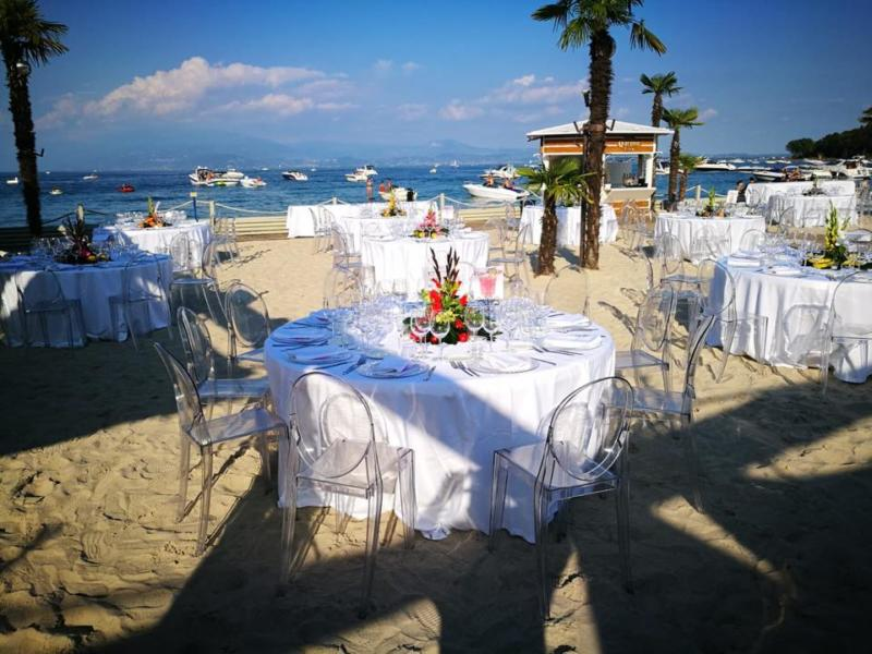 beach on lake garda for wedding