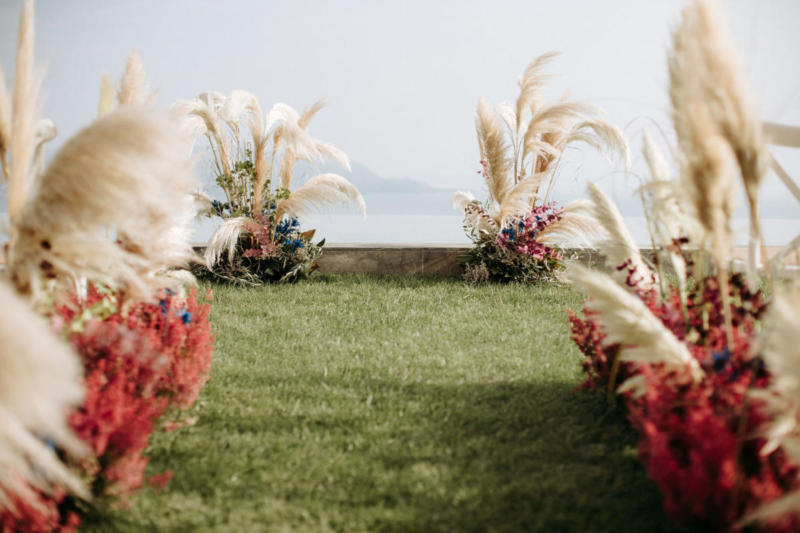 Luxury wedding on lake garda